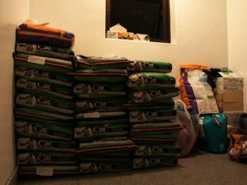 20+ bags of cat food